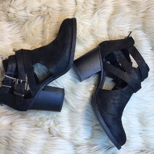 Unr8ted Black Chunky Open Bootie